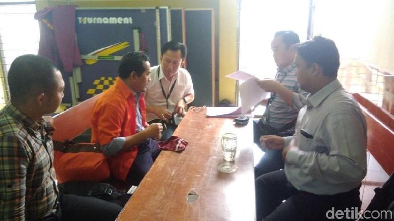 Polisi Serahkan Eks Petinggi Pertamina Gatot Harsono ke Kejaksaan