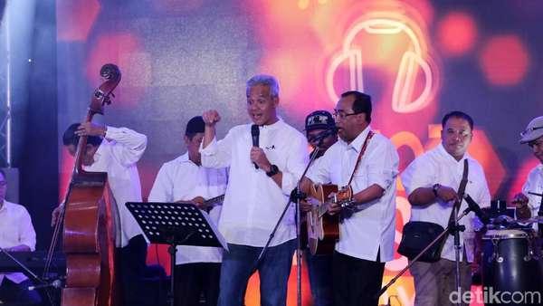 Penampilan Spesial Budi Karya Sumadi Featuring Ganjar Pranowo dan Olala Band