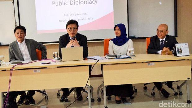 Saat Diplomat Muda RI Belajar