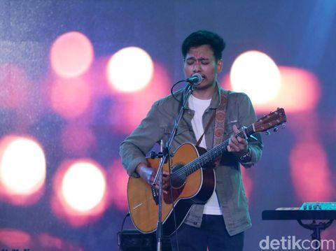 Mojang Bandung, Siap Nonton Rendy Pandugo di Audisi Sunsilk Hijab Hunt?