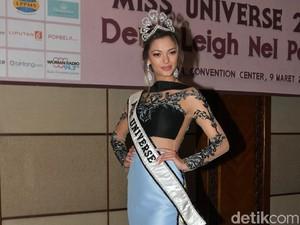 Datang ke Indonesia, Miss Universe 2017 Tak Sabar Ingin Pakai Kebaya