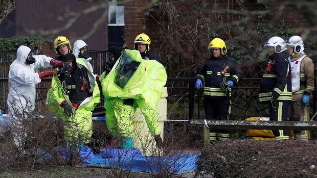 Sebanyak 21 orang yang dekat dengan penyelidikan kasus Skripal turut dirawat di rumah sakit.