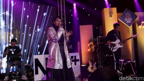 Pecah! Serunya Penampilan Nev+ Tutup dHot Music Day