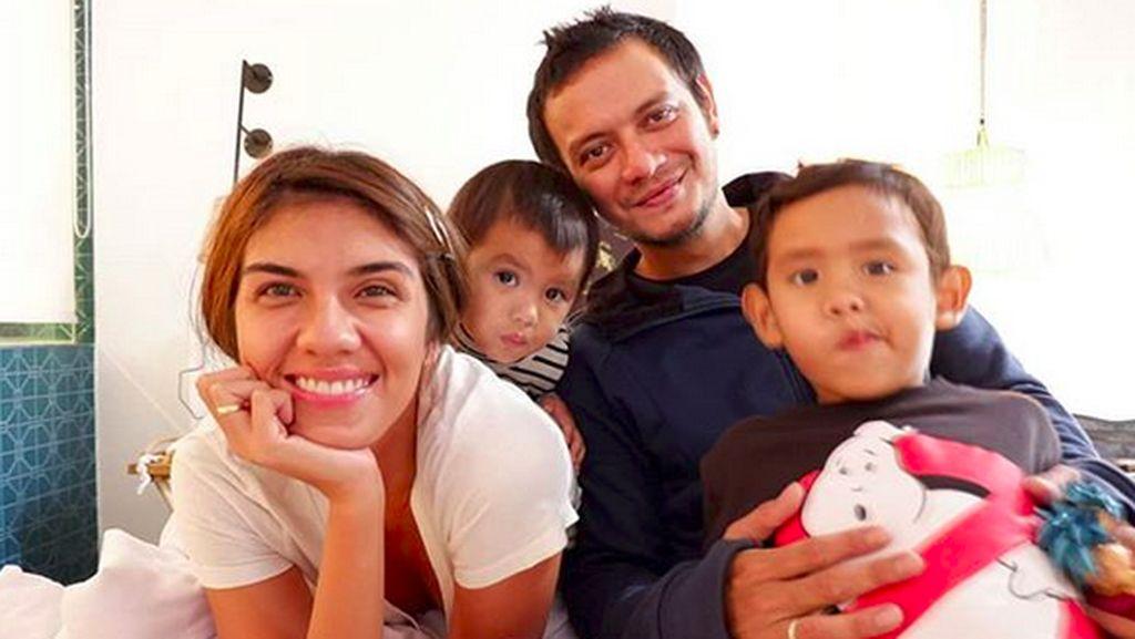 Mengintip Kekompakan Keluarga Eno Netral dan Nadila Ernesta