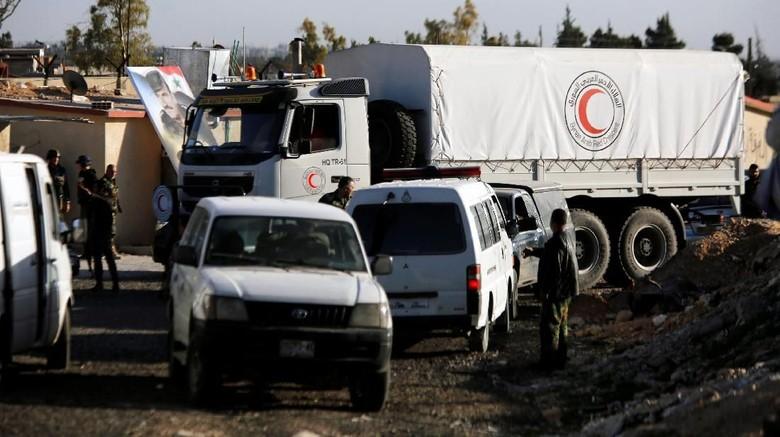 Foto: 2.400 Paket Makanan Disalurkan ke Warga Ghouta Timur