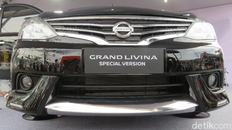 Nissan Grand Livina Special Version (Foto: Ruly Kurniawan)