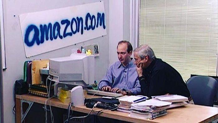 Kantor lama Amazon saat baru dibuka. Foto: Dok. Amazon.com