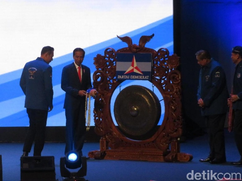 Duet Jokowi-AHY Dinilai Bakal Terganjal Perang Dingin Mega-SBY