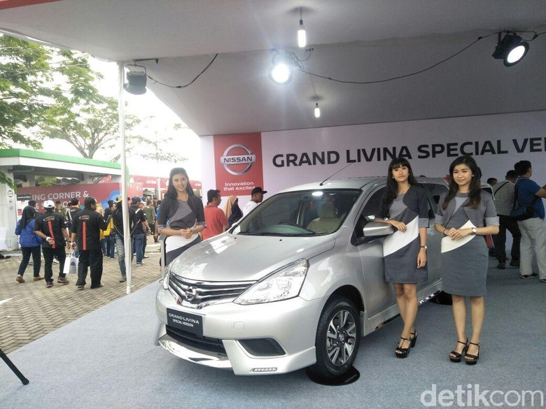 Nissan Grand Livina Special Version. Foto: Ruly Kurniawan