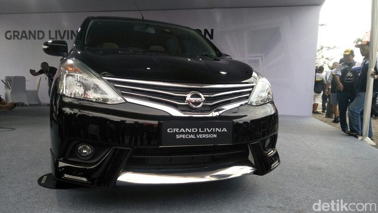 Grand Livina Special Version Foto: Ruly Kurniawan