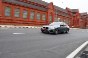 Sedan Sporty, Mewah, dan Ramah Lingkungan dari Jerman