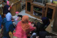 Keluarga Kenang Pratu Randi Korban Tank: Beli Terigu untuk Ibu