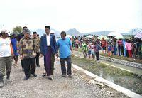 Di Cirebon sendiri ada 43 lokasi Program Padat Karya Tunai