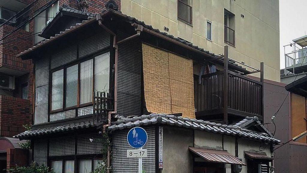 Aneka Bangunan Mungil di Jepang yang Menggemaskan