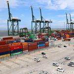 Berkali-kali Defisit, Neraca Perdagangan RI Surplus US$ 1,74 M