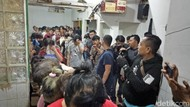 Foto: 87 Penjudi Ditangkap Polisi di Sawah Besar