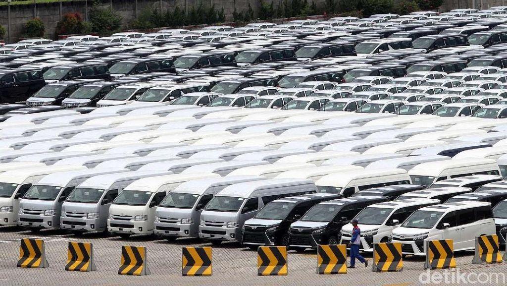 Dolar Masih Tinggi, Toyota Mau Naikkan Harga Mobil?