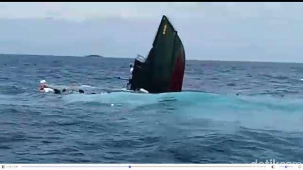 Kapal TNI yang Tenggelam Mati Mesin, Tenggelam Dihajar Ombak