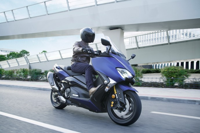 Yamaha TMAX SX Sport Edition, Kakaknya Nmax yang Memacu Adrenalin
