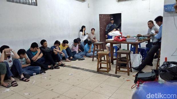 Polisi menggerebek lokasi judi di Sawah Besar, Jakarta Pusat