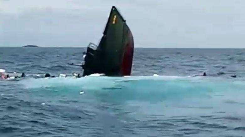TNI AD Investigasi Kapal Kodam Jaya Tenggelam di Kepulauan Seribu