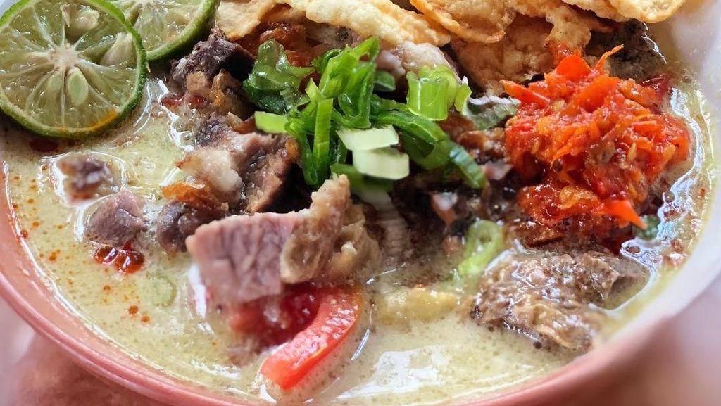 Racikan Soto Legendaris di Jakarta Ini Cocok Buat Makan Siang
