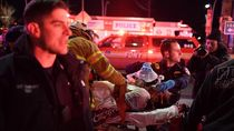 Detik-detik Penyelamatan Korban Helikopter Jatuh di New York