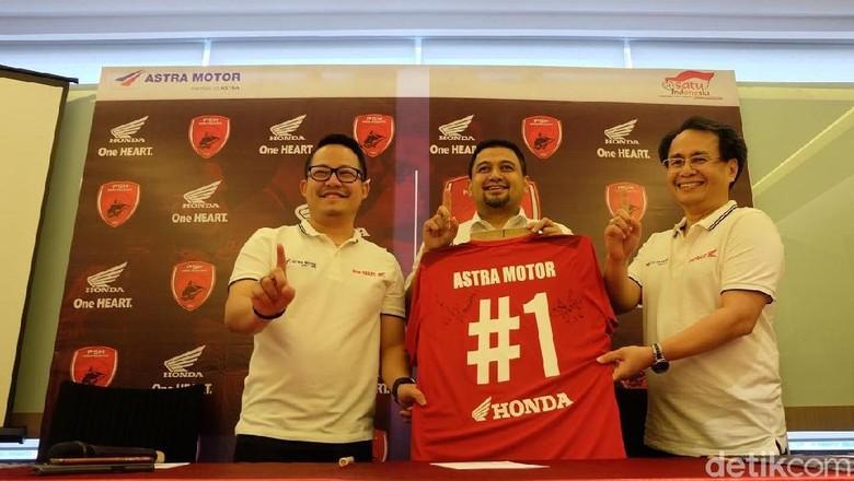 Kerja sama Honda dan PSM Makassar (Foto: Astra Motor)