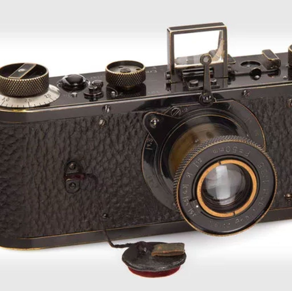 Kamera Ini Terjual Rp 39 Miliar, Apa Sebabnya?