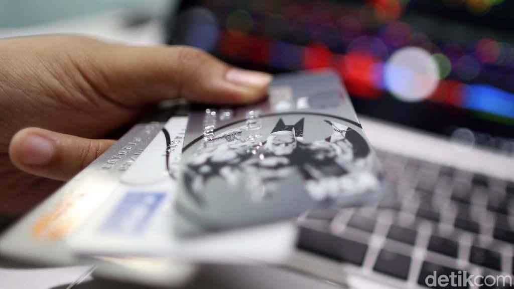 Ini Penyebab Transaksi Pakai Kartu Kredit Melambat di Februari