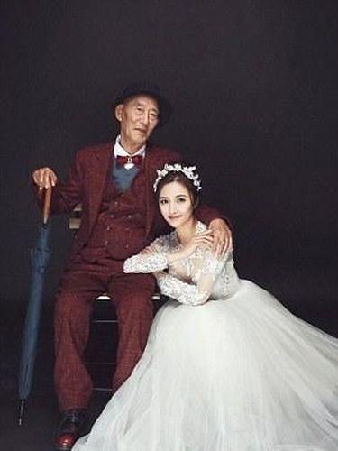 Fu Xuewei bersama sang kakek