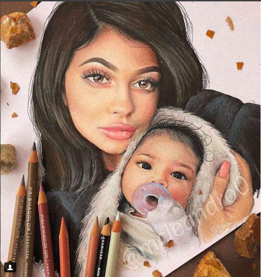 Cute! Kylie Jenner dan Stormi Jadi Objek Karya Seni Netizen
