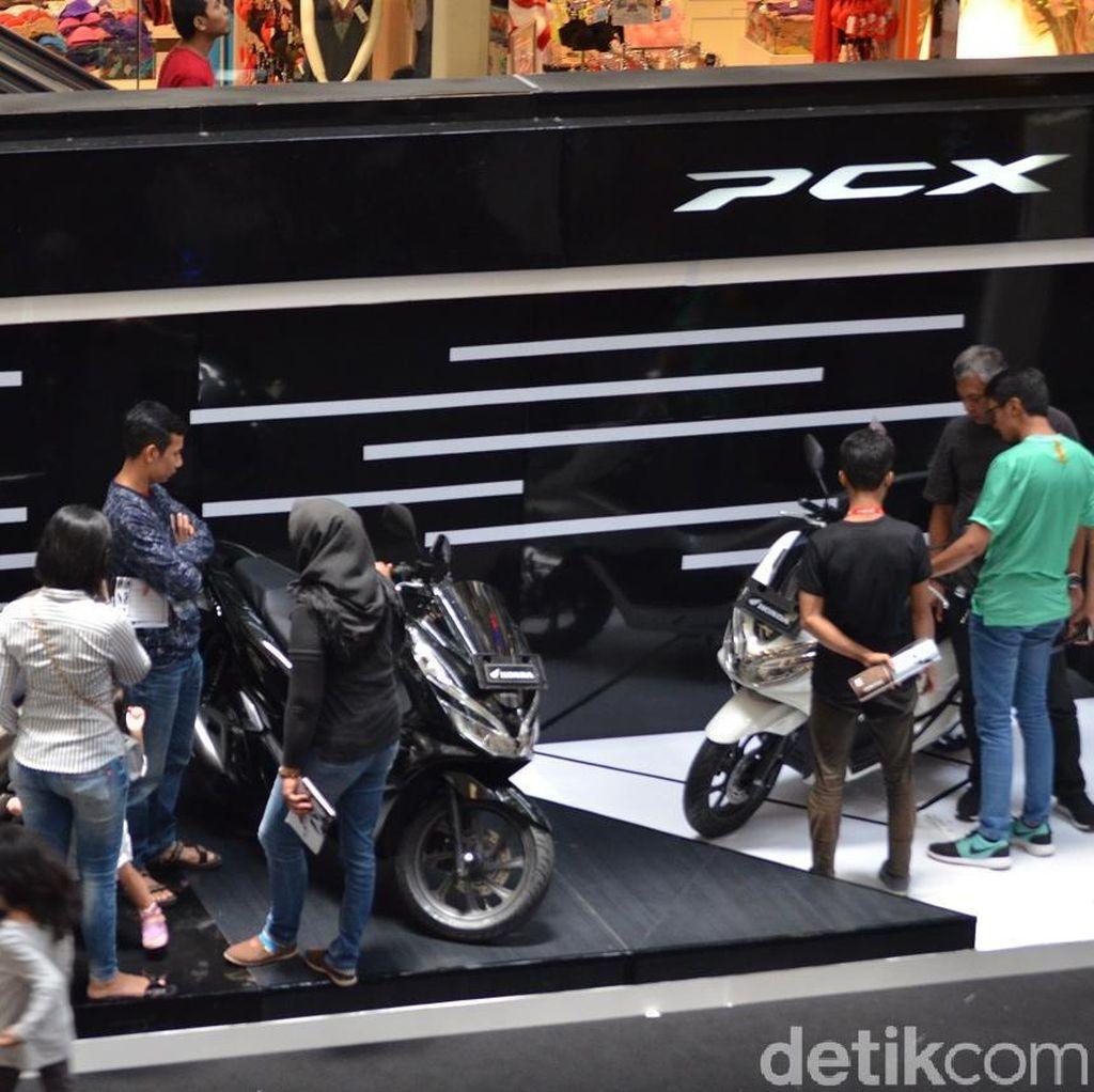 Inden PCX 150 Sebulan Lebih, Honda Pelajari Penambahan Produksi