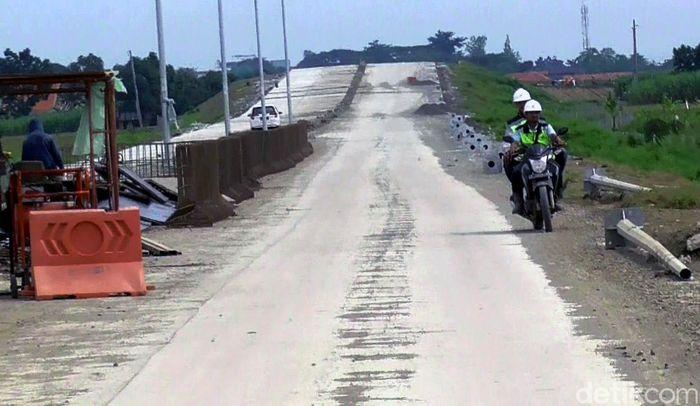 Saat ini pembangunan jalur tol Pemalang-Batang mencapai progres 65,10%.
