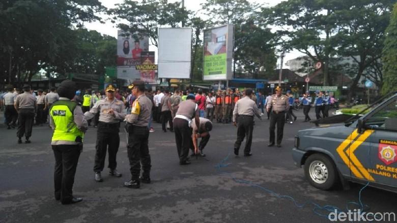 Demo, Sopir Angkot di Malang Berhenti Beroperasi