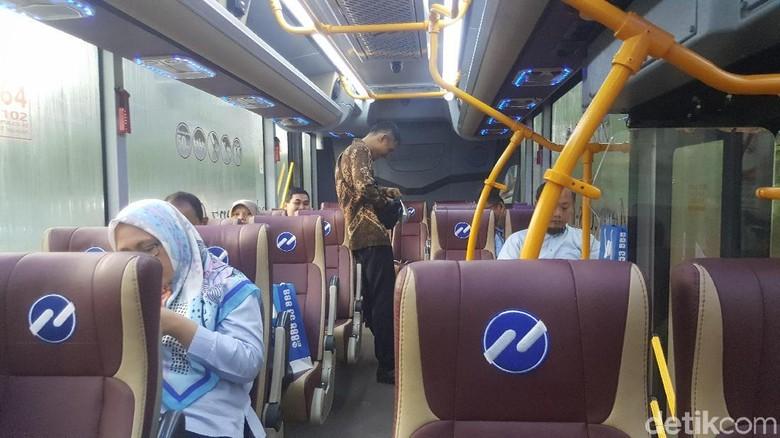 Ganjil Genap, Naik Royaltrans Bekasi-Blok M Nyaris 2 Jam
