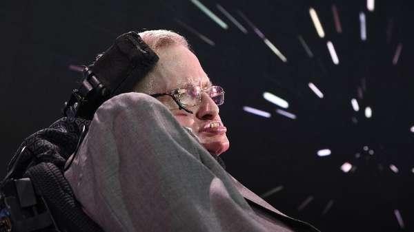 Bagi Stephen Hawking yang Jenius, Perempuan Adalah Misteri