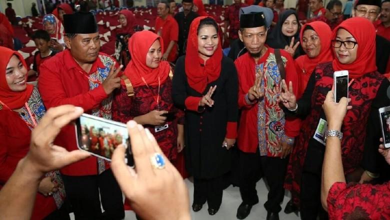 Pantang Menyerah, Pesan Puti untuk Kader PDIP di Probolinggo
