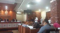 Sidang dugaan pelanggaran kode etik terhadap anggota KPU dan Bawaslu