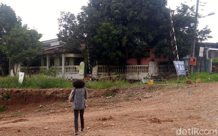 Rumah tersebut berada di Jalan Wahyu Asri Utara VIII/AA.36, Ngaliyan, Semarang.