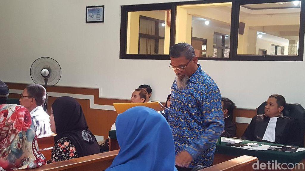 Saksi Sindir Bos First Travel: Aduh, Anniesa Orang Kaya Baru Nih