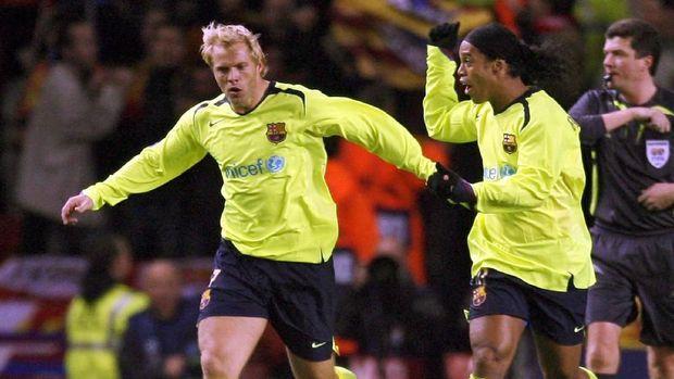 Eidur Gudjohnsen sempat berkostum Barcelona selama tiga musim dalam kariernya.