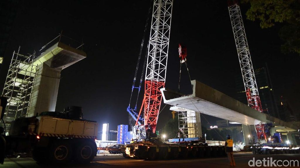 Jawab JK, Adhi Karya Jelaskan Kenapa LRT Dibangun Melayang di Tol