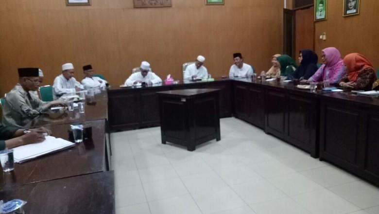 PWNU Minta Kasus Atribut Muslimat Dalam Kampanye Tak Terulang