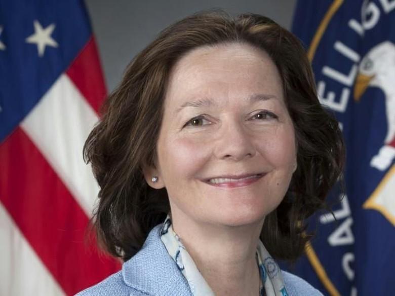 Trump Calonkan Gina Haspel Jadi Direktur Perempuan Pertama CIA
