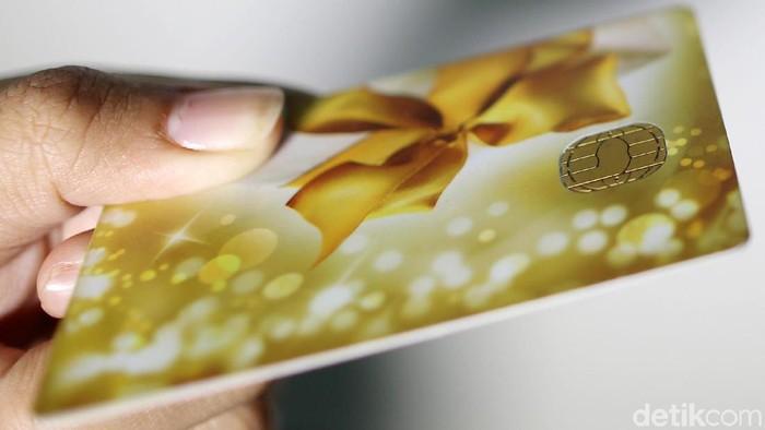 Illustrasi Kartu ATM dengan Chip