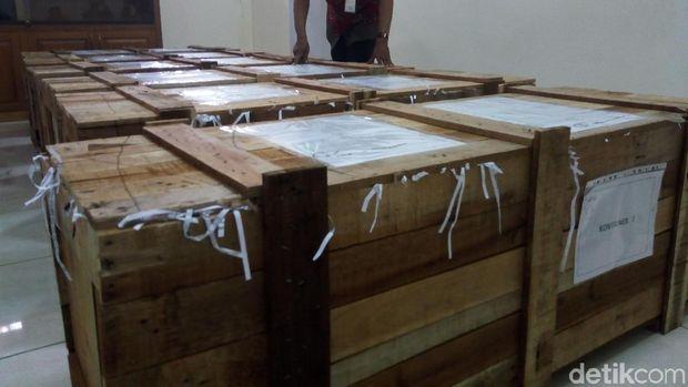 Pemkot Surakarta menerima 1.211 senjata tradisional dari Kemendikbud.