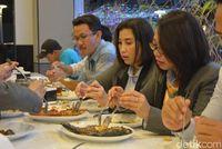 Menang 'DiTraktir Detikcom', Wiratmoko Ajak 20 Teman Makan Bareng