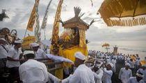 Desa Adat Bali Sedikitnya Butuh Rp 10 Miliar/Tahun untuk Ibadah