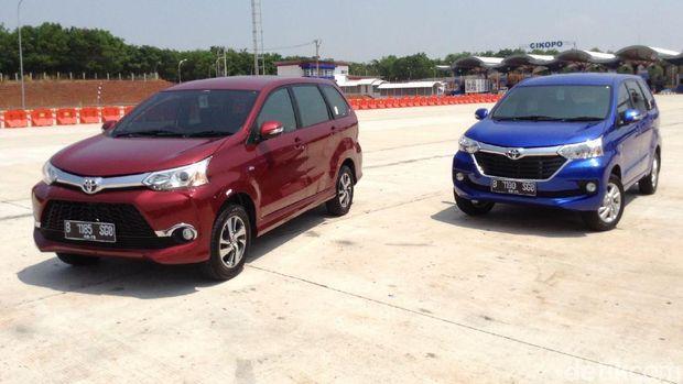 Toyota Avanza dan Veloz model saat ini.